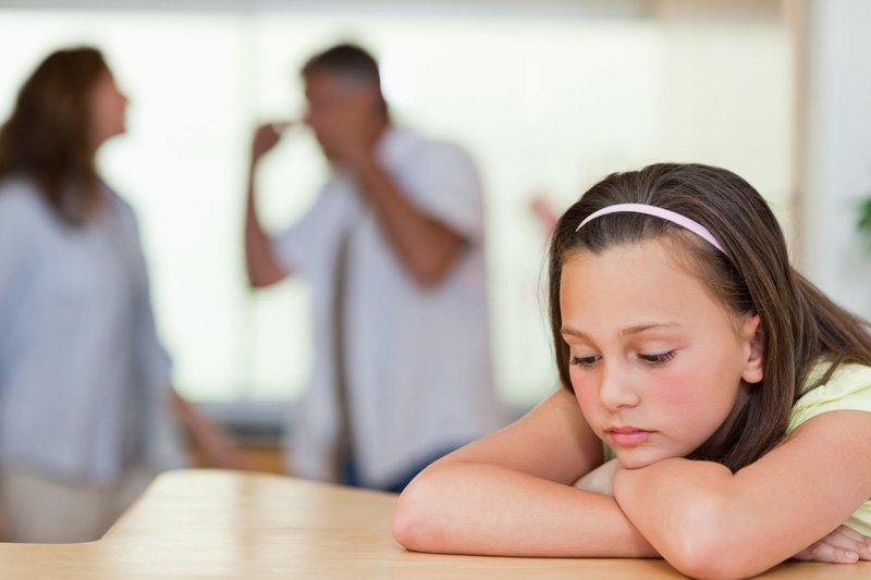 при разводе ребенок остается с матерью