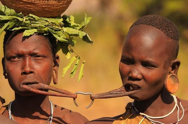 Сексуальные традиции и обычай народов папуа новой гвинеи видео