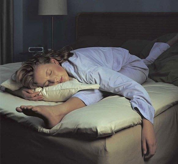 мере того, спать на кровати смешные картинки для этого нужно