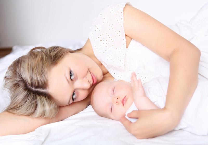 Что делать при запорах у мамы при грудном вскармливании