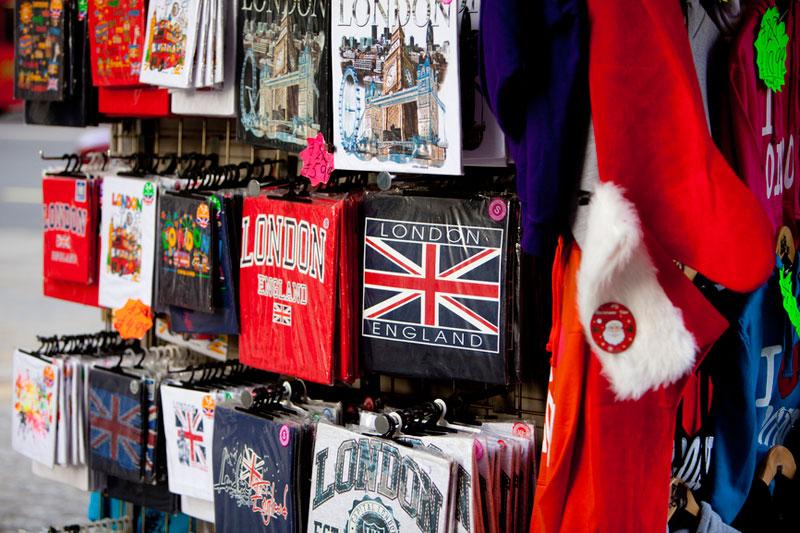Что привезти из лондона на подарок 37