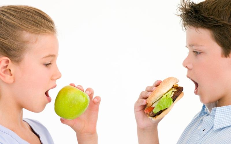 Школы вынуждены выбрасывать фрукты и овощи