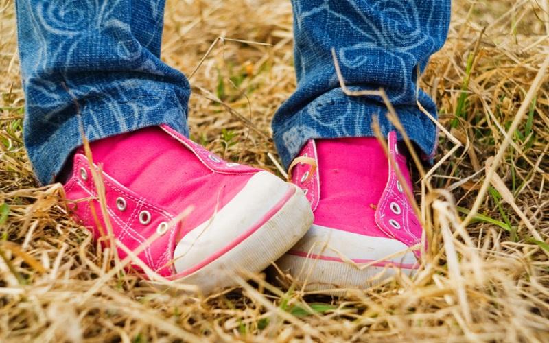 Названа идеальная модель спортивной обуви для ребенка