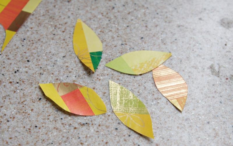 Осеннее творчество: венок из лозы с ягодами -