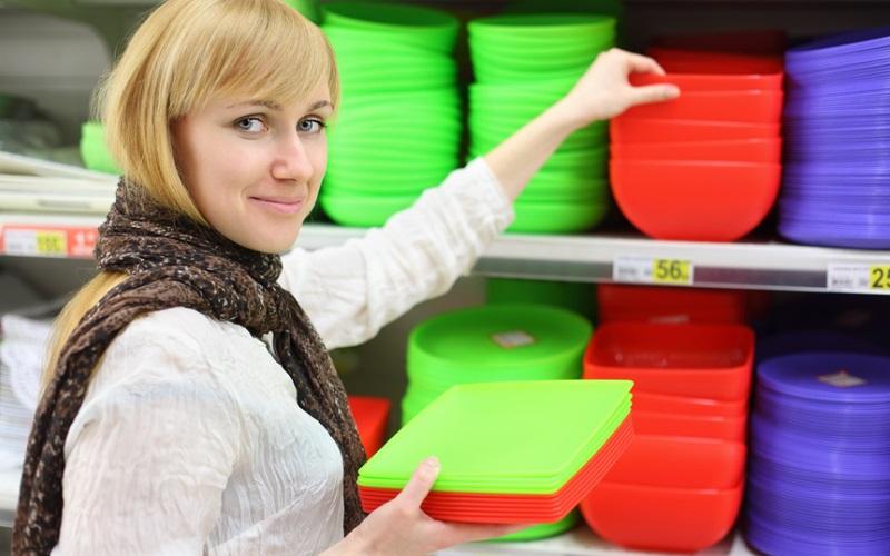 Использование пластиковой тары приводит к выкидышу