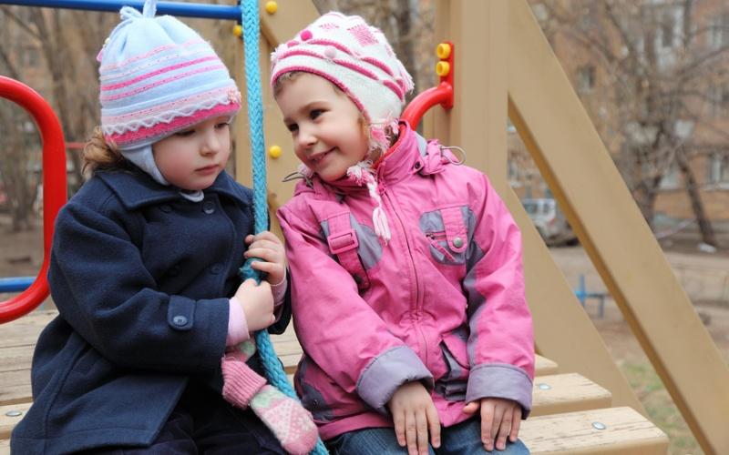 «Давай играть?»: особенности детской дружбы