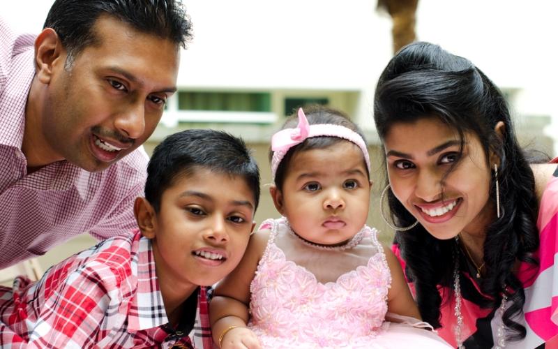 Индийское воспитание: семью уважать, никого не обижать