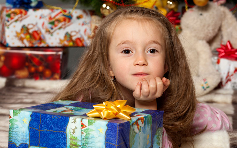 Варианты подарков на новый год для детей трех лет