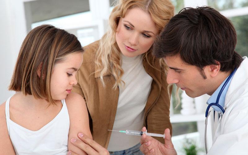Вакцинация детей: о чем должны знать родители
