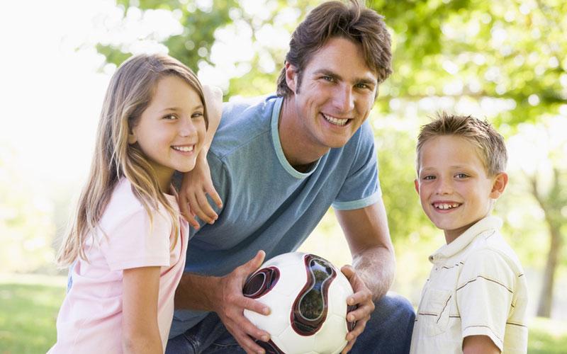 Комментарии к фото отец с детьми