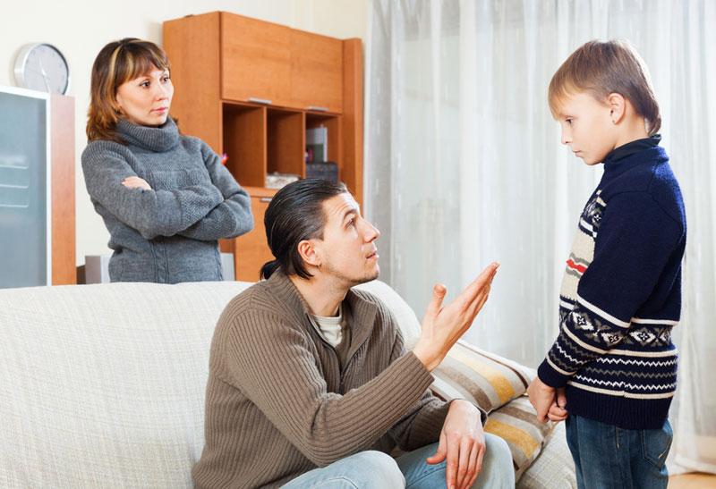 Трудные родители: чего нельзя говорить детям -
