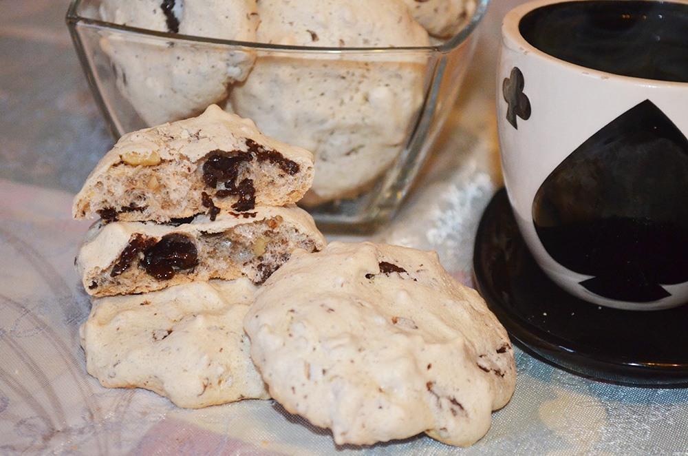 Печенье меренга с орехами