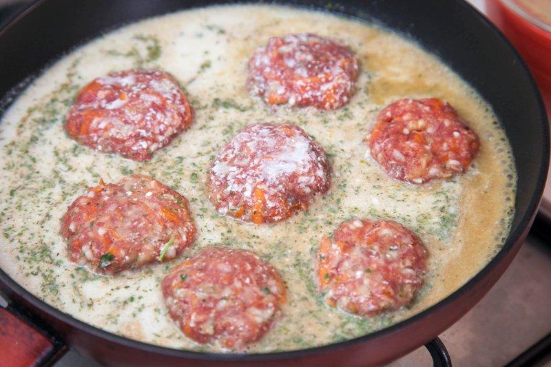 Пирожки из слоеного дрожжевого теста с фаршем рецепты в духовке