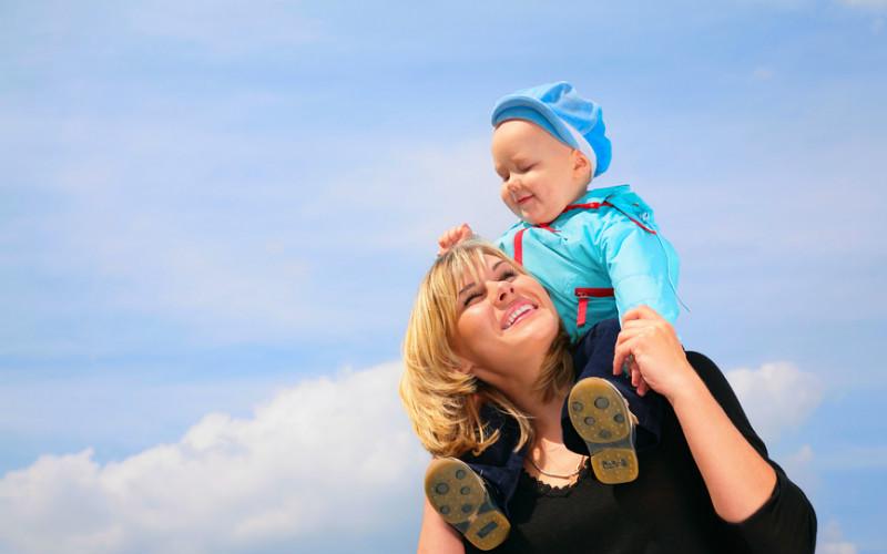 Как воспитать маменькиного сыночка: вредные советы