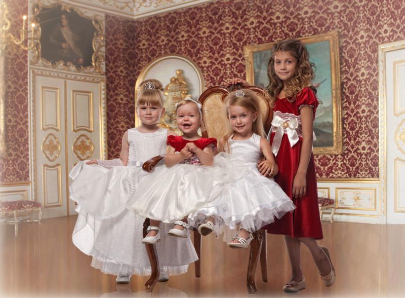 Как одеть мальчика в платье