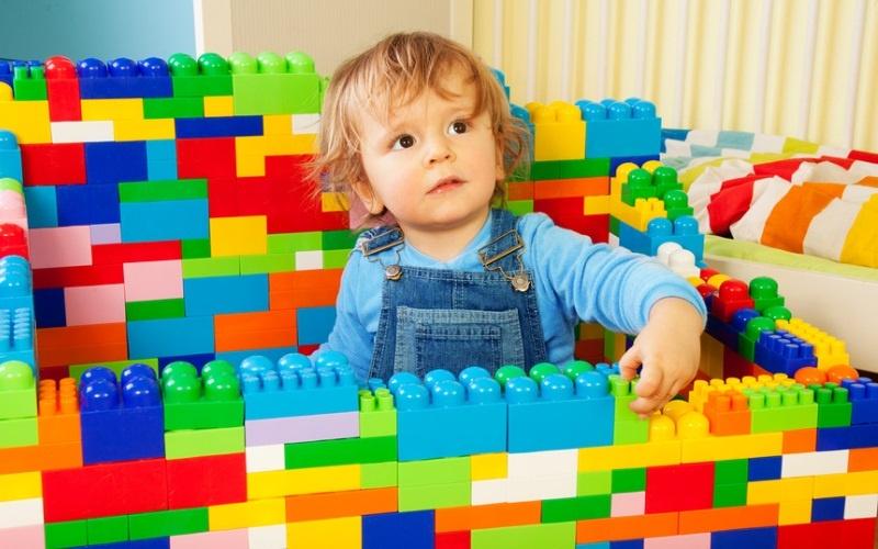Купить детский конструктор в Москве для мальчиков и девочек: Кроха, Полесье, Лего