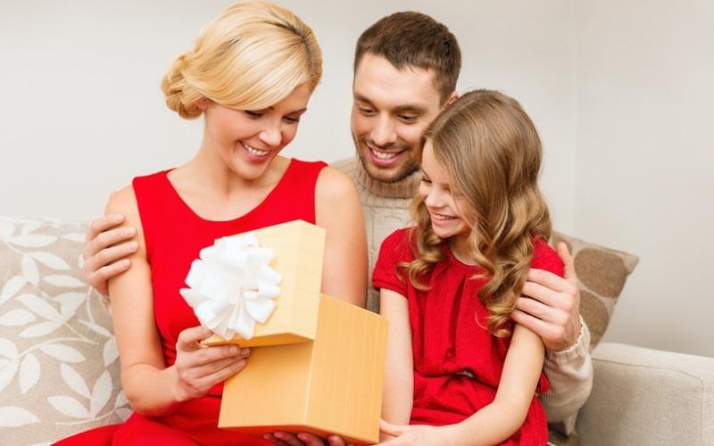 Что можно подарить своей семье своими руками