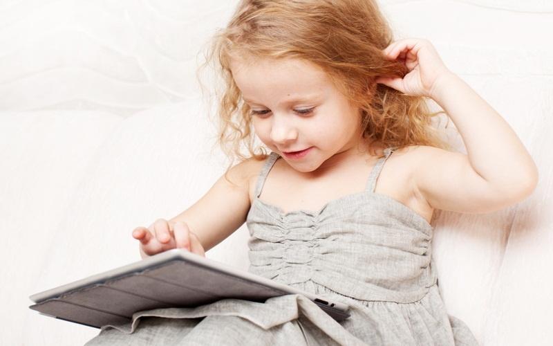 Гаджеты для маленьких детей: зло или благо?