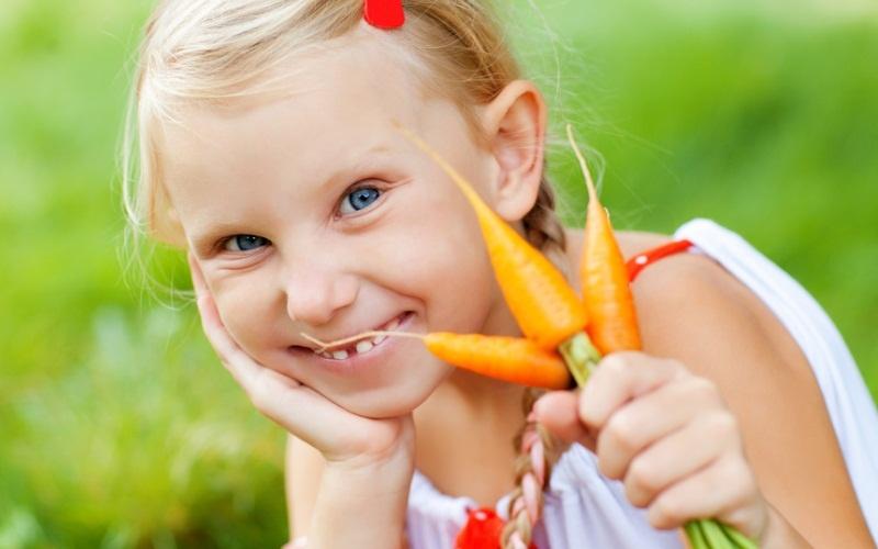 Девочкам обязательно нужно есть морковь