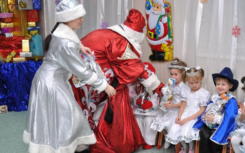 Конкурсы для детей веселые на новый год