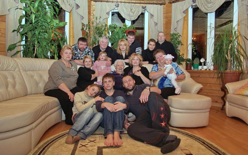 Как живет многодетная мама с Рублевки 1w2