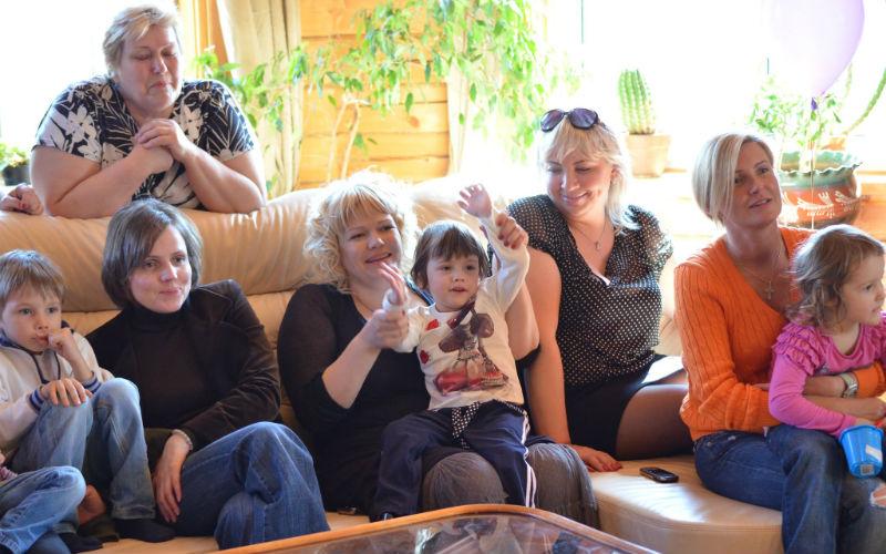Как живет многодетная мама с Рублевки M90