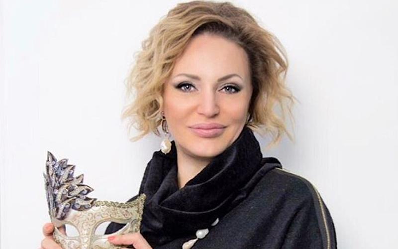 Телеведущая Алла Довлатова готовится стать мамой в четвертый раз